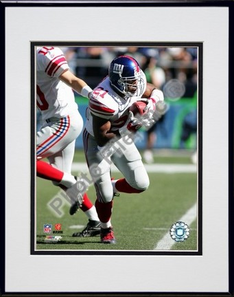 "Tiki Barber ""2006 / 2007 Action in White Jersey"" Double Matted 8"" X 10"" Photograph in Black Anodized"