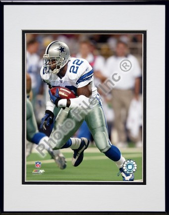 "Emmitt Smith ""2002 Rushing Action"" Double Matted 8"" x 10"" Photograph in Black Anodized Aluminum Frame"