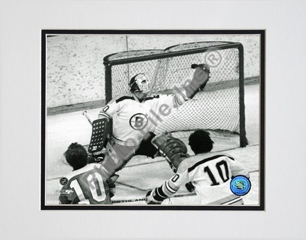 Gerry Cheevers Black and White  Action Double Matted 8 x 10 Photograph Unframed
