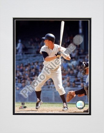 "Roger Maris """"Batting Action"""" Double Matted 8"""" x 10"""" Photograph (Unframed)"" PHF-AAHW042-33"