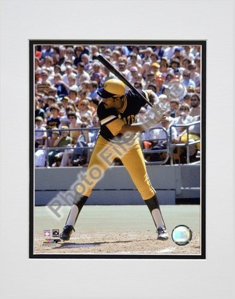 """Willie Stargell """"Batting Action"""" Double Matted 8"""" x 10"""" Photograph (Unframed)"""