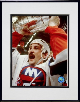 "Bryan Trottier """"Holding Stanley Cup"""" Double Matted 8� x 10� Photograph in Black Anodized Aluminum Frame"" PHF-AAIB195-37"