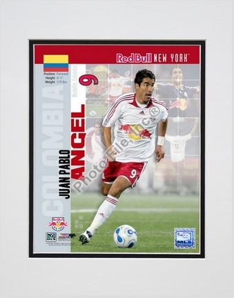 """Juan Pablo Angel """"2007 International Series #31"""" Double Matted 8"""" x 10"""" Photograph (Unframed)"""