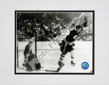 """Bobby Orr """"1970 Action"""" Double Matted 8"""" x 10"""" Photograph (Unframed)"""
