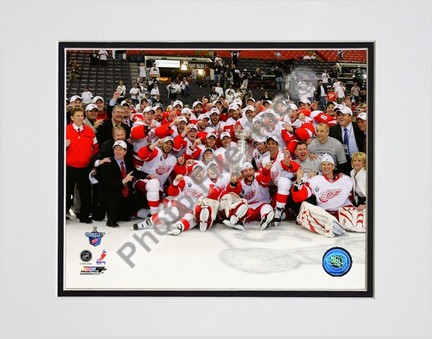 "Image of ""2007-2008 Detroit Red Wings Stanley Cup Champions Celebration on Ice"" Double Matted 8"" x 10"" Photograph (Unframed)"