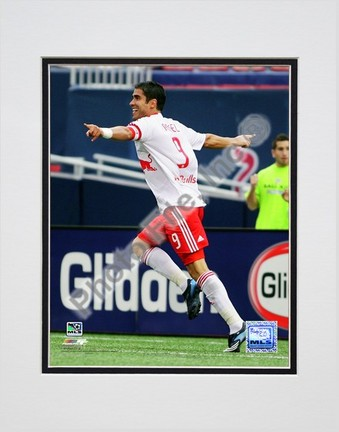 """Juan Pablo Angel """"2008 Action"""" Double Matted 8"""" x 10"""" Photograph (Unframed)"""