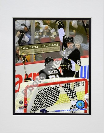 """Sidney Crosby """"Celebrates his 100th Career NHL Goal"""" Double Matted 8"""" x 10"""" Photograph (Unframed)"""