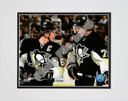 Sidney Crosby and Evgeni Malkin 2008-2009 Group Shot Double Matted 8� x 10� Photograph (Unframed) PHF-AAKU126-33