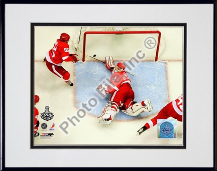 "Chris Osgood """"2009 Stanley Cup / Game 1 (#6)"""" Double Matted 8"""" x 10"""" Photograph in Black Anodized Aluminum Frame"" PHF-AALJ139-37"