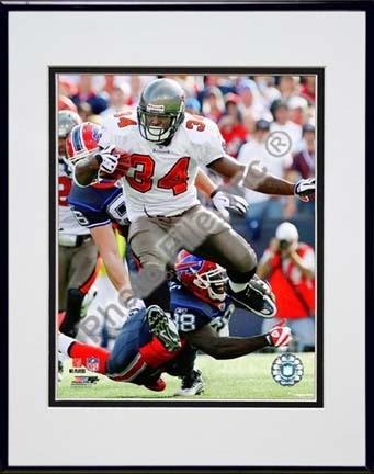 """Earnest Graham 2009 Action """"Away Jersey"""" Double Matted 8"""" x 10"""" Photograph in Black Anodized Aluminum Fram"""