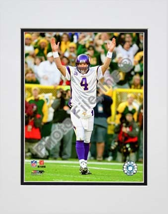 "Brett Favre 2009 Action """"Away Jersey"""" Double Matted 8� x 10� Photograph (Unframed)"" PHF-AALV049-33"