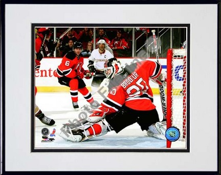 """Martin Brodeur 2009 - 2010 Action """"Block"""" Double Matted 8"""" x 10"""" Photograph in Black Anodized Aluminum Fra"""