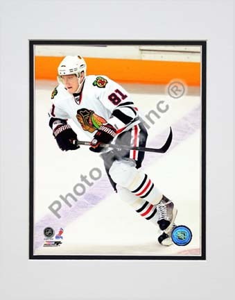 "Marian Hossa 2009 - 2010 Action """"White Jersey"""" Double Matted 8� x 10� Photograph (Unframed)"" PHF-AALX072-33"