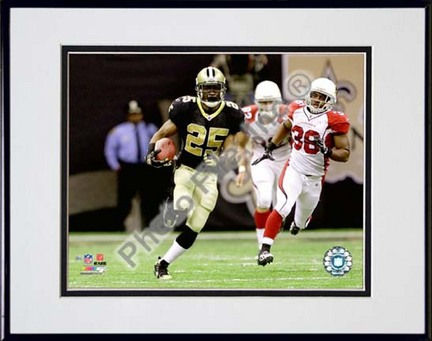 "Reggie Bush 2010 Playoff Action ""Breakaway"" Double Matted 8"" x 10"" Photograph in Black Anodized Aluminum F"