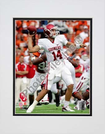 """Sam Bradford Oklahoma Sooners 2007 Action Double Matted 8"""" x 10"""" Photograph (Unframed)"""
