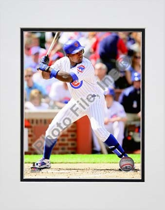 """Alfonso Soriano 2010 Action """"At Bat"""" Double Matted 8"""" x 10"""" Photograph (Unframed)"""
