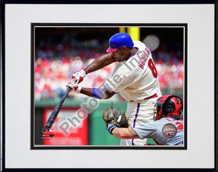 """Ryan Howard 2010 Action """"Connect"""" Double Matted 8"""" x 10"""" Photograph in Black Anodized Aluminum Frame"""