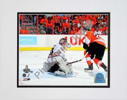 """Claude Giroux 2009 - 2010 NHL Stanley Cup Finals Game 3 Action (#13) Double Matted 8"""" x 10"""" Photograph (Unframed)"""