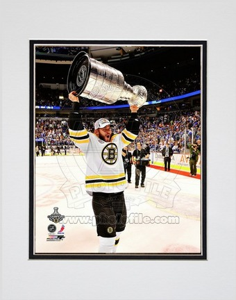 """Nathan Horton Boston Bruins 2011 NHL Stanley Cup Finals """"With the Stanley Cup"""" (#50) Double Matted 8"""" X 1"""