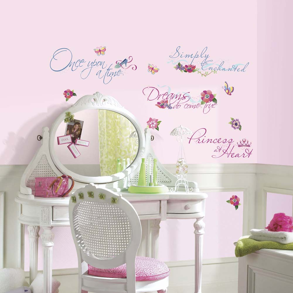 "Disney Princess """"Quotes"""" Peel and Stick Applique / Wall Decal Set"" RM-RMK1521SCS"