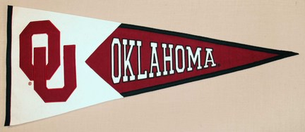"Oklahoma Sooners ""Interlock"" NCAA Classic Collection Pennant from Winning Streak Sports"